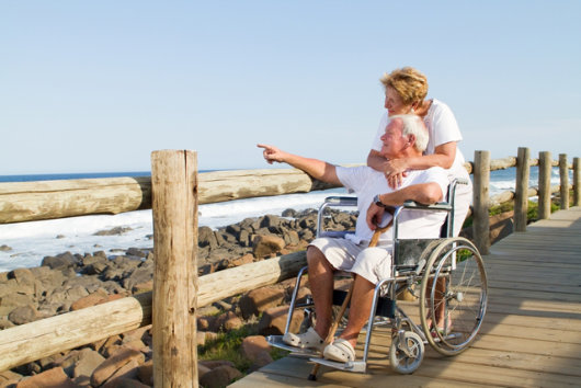 3 Pointers When Assisting Your Senior Loved Ones with Walking