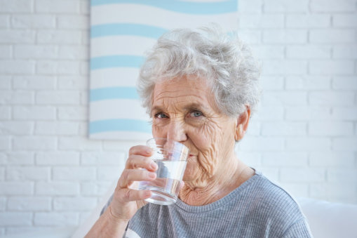 Simple Ways for Older Adults to Prevent Dehydration